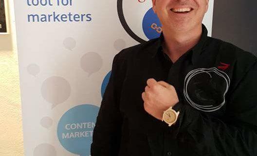 Marketeer Genius Ralf Seybold @Impactana Booth at the SEOktoberfest