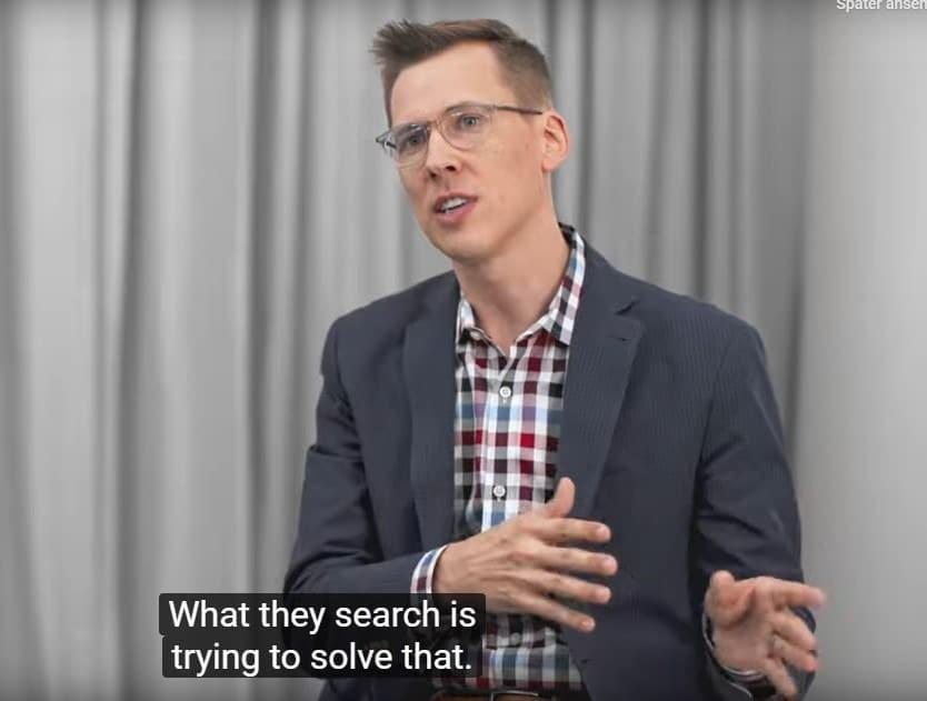 Justin De Graaf im Vortrag über Suchintention