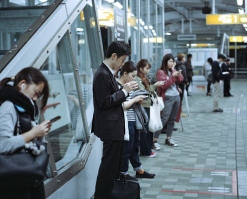 90% der Handy-Nutzung fällt auf E-Mail und Messeging-Dienste